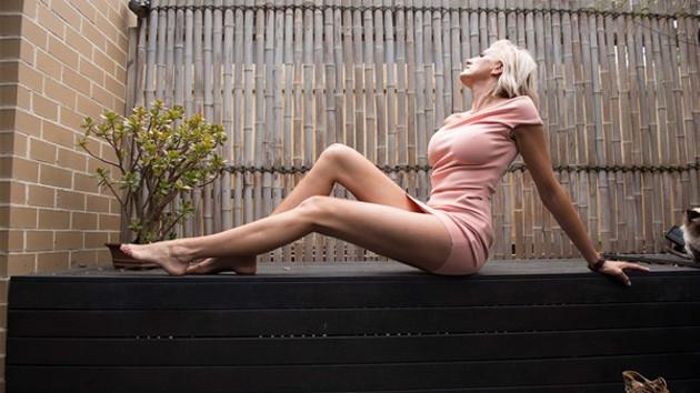 Dünyanın en uzun bacaklı kadını: Caroline Arthur