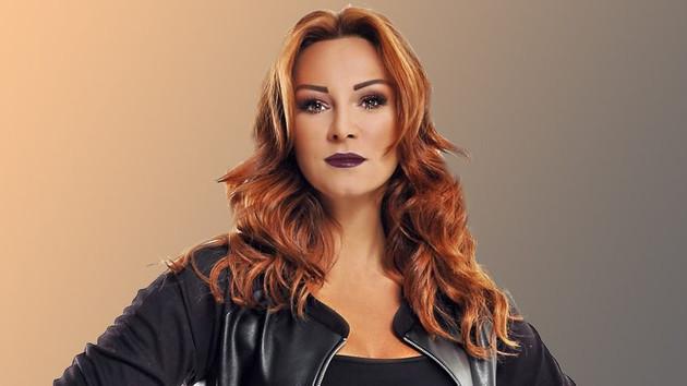 Pınar Altuğ'dan Twitter hesabı açıklaması