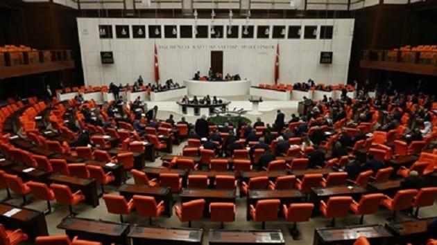 Müftülere nikah kıyma yetkisi veren düzenleme Meclis'ten geçti
