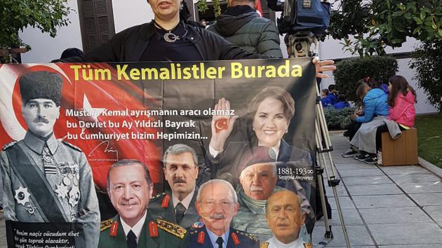 Sisi Atatürk'ü anmak için öyle bir eylem yaptı ki...