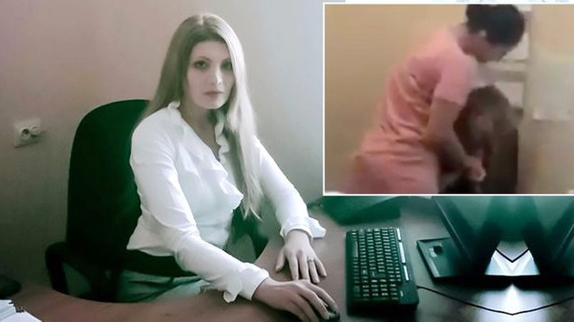 Ünlü Rus sunucuya büyük şok! Ofisini bastı, dakikalarca tartakladı