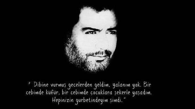 Ahmet Hakan'dan Ahmet Kaya yazısı: Kovulmuş, sürülmüş bir sanatçının zaferi...
