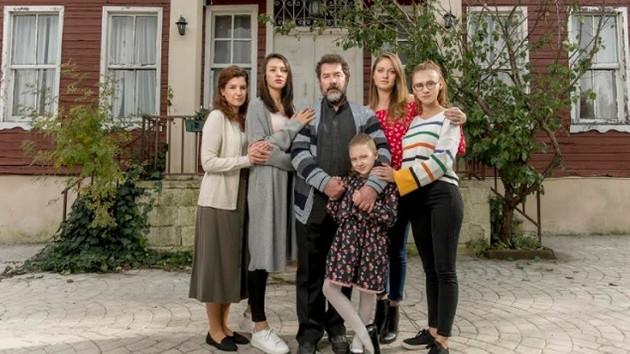 Kanal D'nin yeni dizisi Kızlarım İçin'in yayın günü belli oldu
