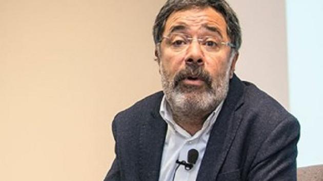 Ahmet Ümit: Politik kitap yazarsam hapse atarlar