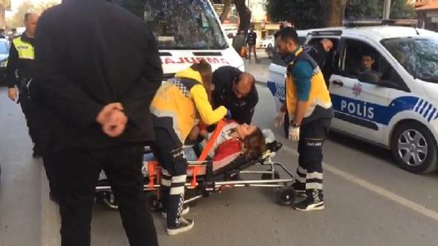 Genç kadına sokak ortasında saldırdı, yerde sürükledi