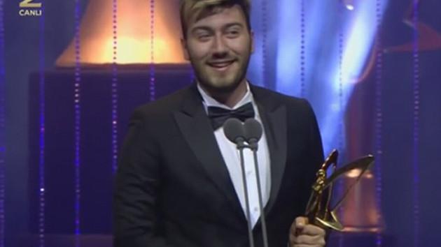 Altın Kelebek'te bir ilk! En İyi Youtuber ödülü Enes Batur'un oldu