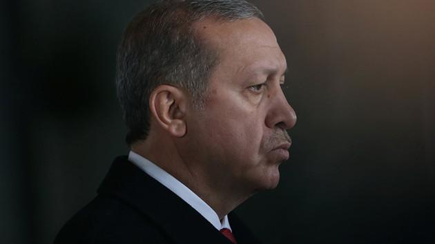 O isimden flaş iddia: Böyle giderse AKP iktidardan düşer!
