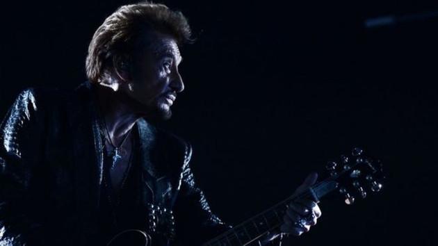 Fransız rock yıldızı Johnny Hallyday kansere yenildi