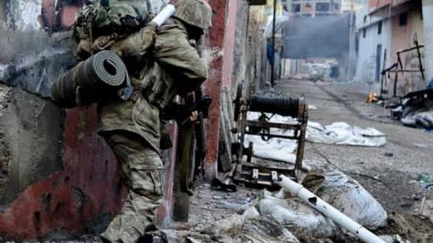 Nusaybin'de çatışma: Bir asker ve bir polis yaralı