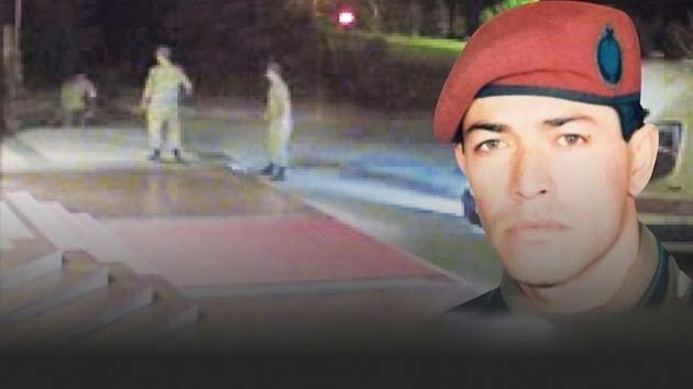 Ömer Halisdemir'i can çekişirken vuran teğmenin şok ifadesi