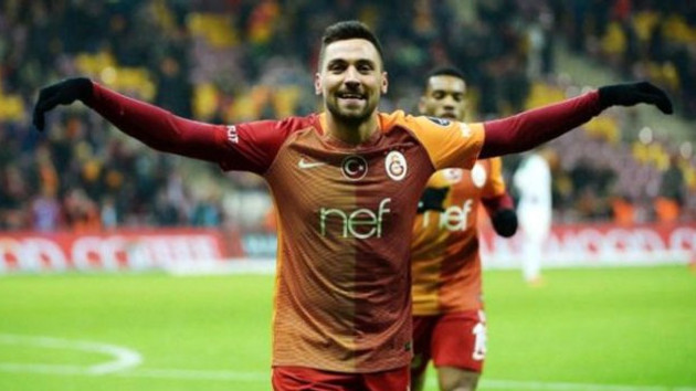 Beşiktaş maçına alınmayan Sinan'dan imalı paylaşım