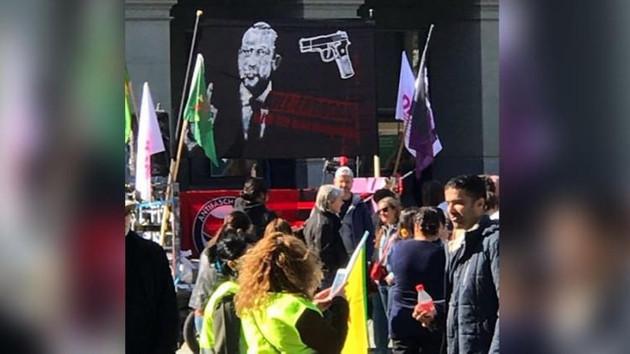 Son dakika haberleri: Erdoğan'dan İsviçre'ye pankart tepkisi: Şakağıma silah dayamışlar...