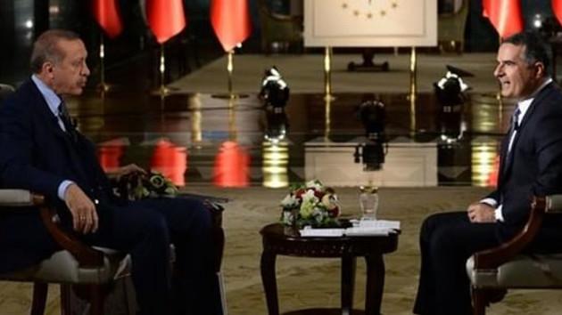 Hakan Çelik, Erdoğan ile televizyon programı yaptı diye bir kadının tacizine uğradı