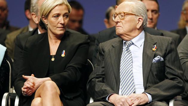 Fransa'nın Irkçı lideri Marine Le Pen: Annem Playboy'a soyununca hayatımın travmasını yaşadım