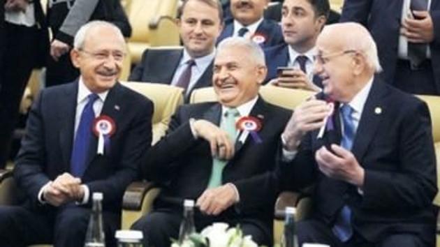 Tartışılan fotoğraf karesi: Kılıçdaroğlu'nun kahkahasının nedeni belli oldu