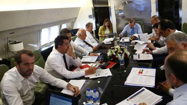 Erdoğan'ın uçağında dikkat çeken isim