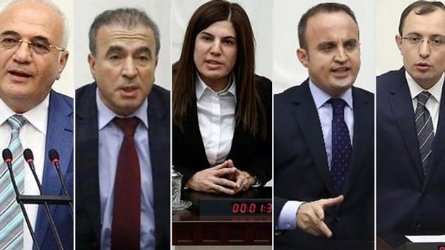 AKP Grup Başkanvekilleri nezaket gereği istifa mı etti?
