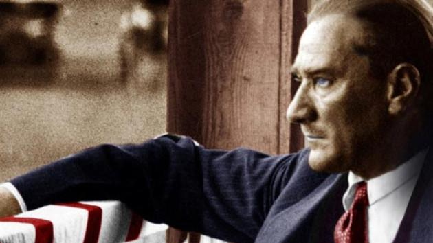 Atatürk'e hakareti böyle savundular: Oh olsun...