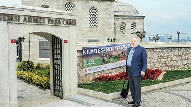 İlber Ortaylı'dan Şemsi Ahmet Paşa Camii tepkisi: Sinan doldurmamış, sana mı kaldı?