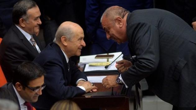 Kulis: Tuğrul Türkeş'in altından koltuğunu Bahçeli mi çekti?
