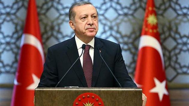 Cumhurbaşkanı Erdoğan: Allah aşkına şu yardımcı doçentlik olayı nedir? Şunu bir gözden geçirin!