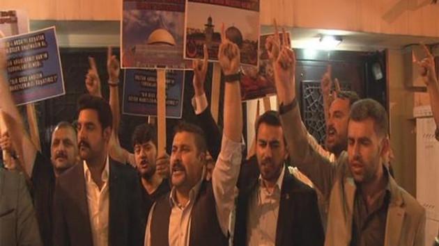 Sinagog önünde eylem yapan Alperen Ocakları üyelerine suç duyurusu