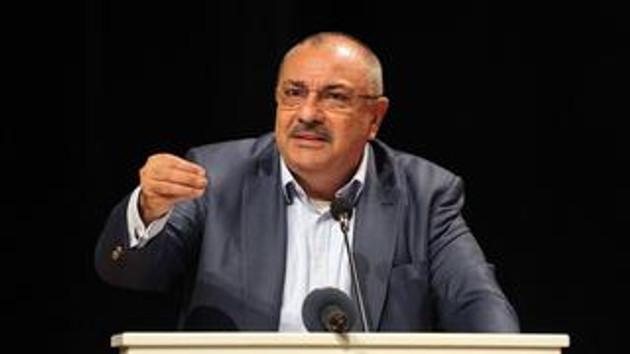 Tuğrul Türkeş: Sarhoşların seviyesine inemem!