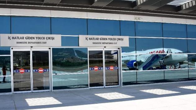 Son dakika: AnadoluJet'in Çanakkale- Ankara seferinde 10 saatlik rötar