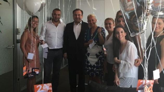 Atv'den 24. yaşına sürprizli kutlama