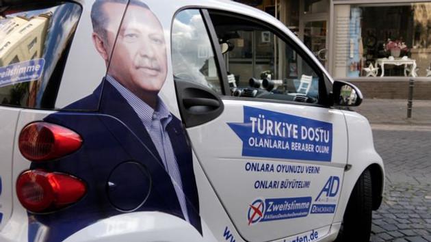 Almanya'da Erdoğan ile oy isteyen partinin hedefi ne?