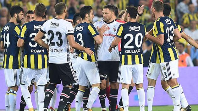5 kırmızı kartın çıktığı derbiyi Fenerbahçe kazandı