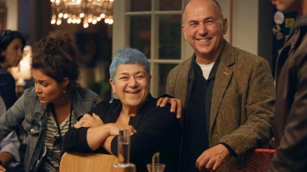 Ferzan Özpetek ve Serra Yılmaz Cebimdeki Yabancı'da rolleri değişti