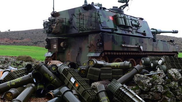Türk tankları zırh delici toplarla vuruyor