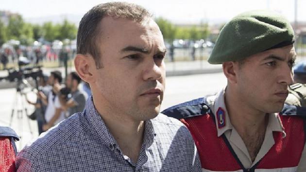 15 Temmuz'da Sarayı bombalayan pilottan tehdit…