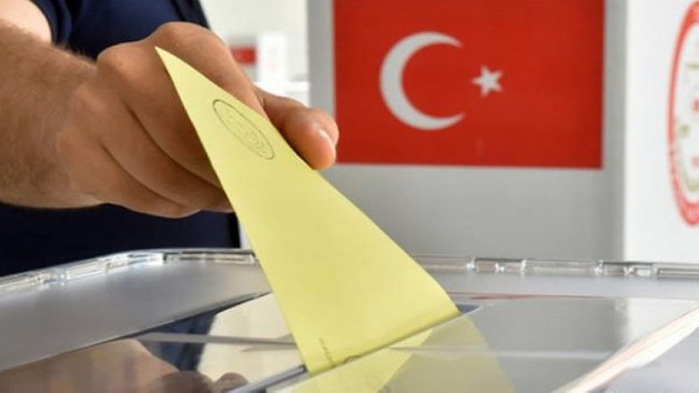 İstanbul'da hangi parti yüzde kaç oy alıyor?