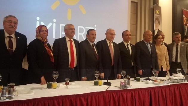 İYİ Parti'den büyükşehir aday listesine yalanlama