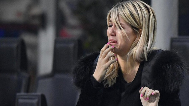 İnter elendi Wanda Nara gözyaşlarına boğuldu!
