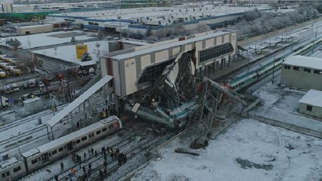 Tren kazasıyla ilgili 3 TCDD personeli gözaltında!