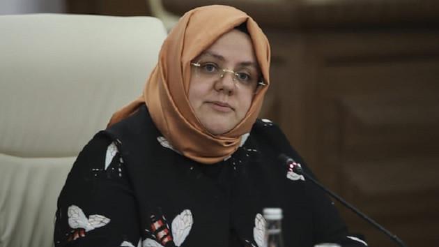 Aile Bakanı: Makarna ve kömür dağıtmıyoruz, nakit dağıtıyoruz