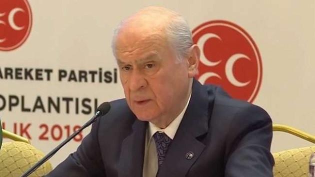 Devlet Bahçeli'den Metin Akpınar'a çağrı: Halk TV'ye 5 dakika çıkıp...