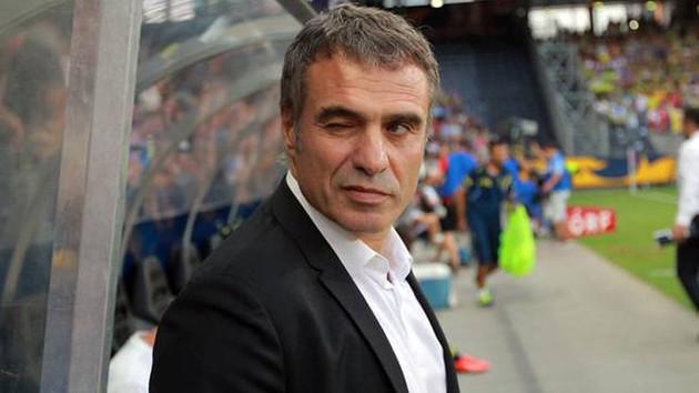 Ersun Yanal Fenerbahçe'nin teklifini reddetti