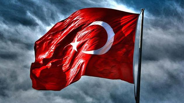 Kosova Prizren'de Türk bayrağına çirkin saldırı!