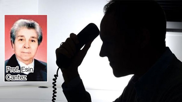 Telefon dolandırıcıları ünlü profesöre evini sattırdılar!
