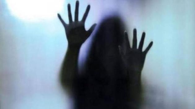 16 yaşındaki üvey kızını hamile bırakmıştı! Sapık babanın cezası belli oldu