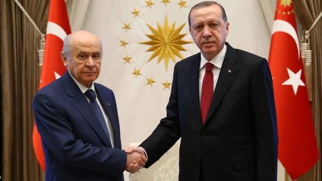 Financial Times: Zayıf anketler Erdoğan'ı milliyetçilerle ittifaka zorladı