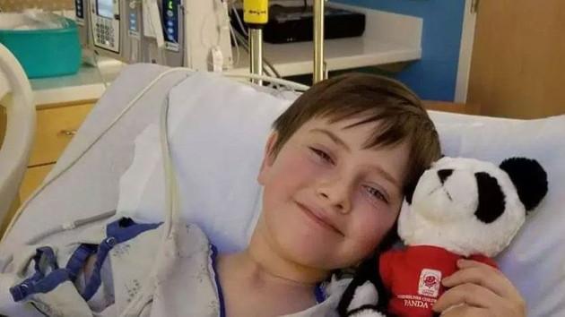 8 yaşındaki çocuk et yiyen böcekten öldü