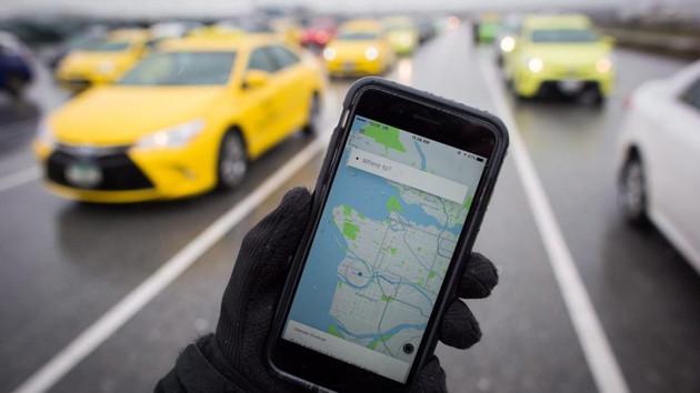Oray Eğin: Taksiciler Uber'e kızmasın, kendilerine iş arasın