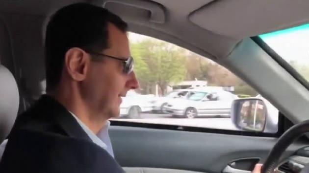 Beşar Esad, Doğu Guta'da direksiyon başında, Taksi yol vermedi
