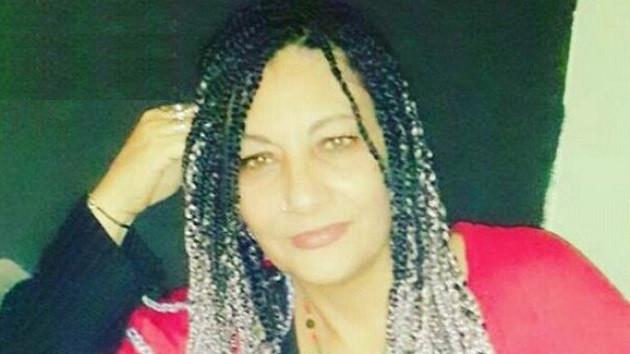 Polis olduğunu söyleyen 2 kişi, kadını rehine aldı: Ayağı kaydı öldü deriz!