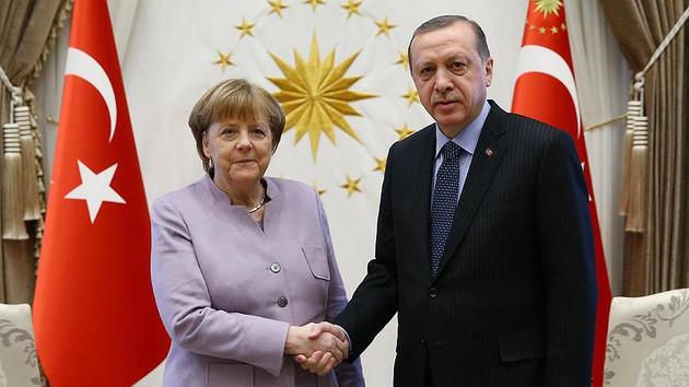 Erdoğan ve Merkel'den flaş Suriye görüşmesi